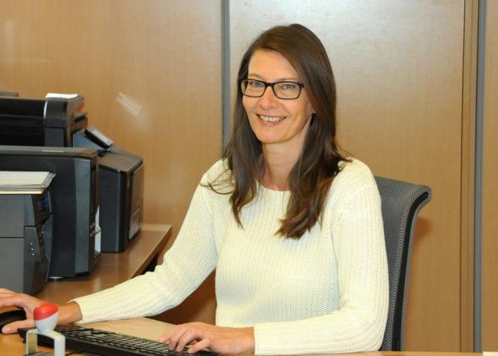 Monika Benzer, Sekretärin bei Gärtnerei Maissen